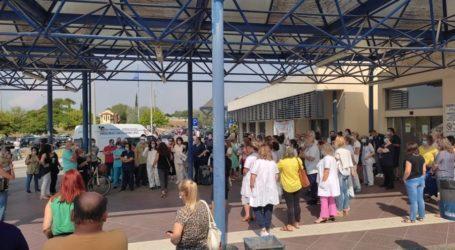 Σωματείο Εργαζομένων Λάρισας: Στάση εργασίας εργαζομένων νοσοκομείων και Κέντρων Υγείας κατά του υποχρεωτικού εμβολιασμού
