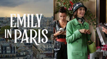 Emily in Paris: Οι φωτογραφίες της Lily Collins από τα γυρίσματα της δεύτερης σεζόν
