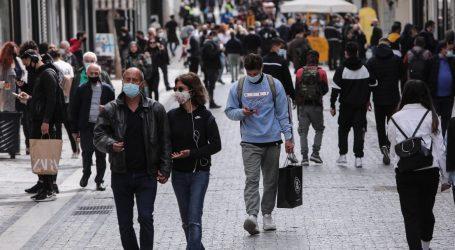 Κοροναϊός – Σενάρια για click away στους ανεμβολίαστους και επιστροφή μάσκας στους εξωτερικούς χώρους