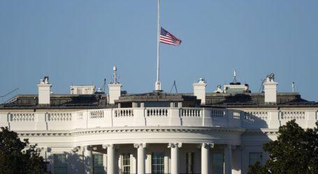 ΗΠΑ: Μεσίστια η σημαία προς τιμή των θυμάτων στην Καμπούλ