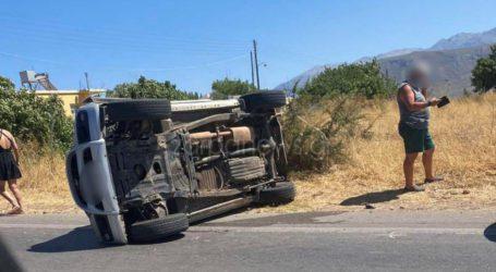Τροχαίο ατύχημα στον Αλμυρό – Ντελαπάρισε ΙΧ με τέσσερα άτομα