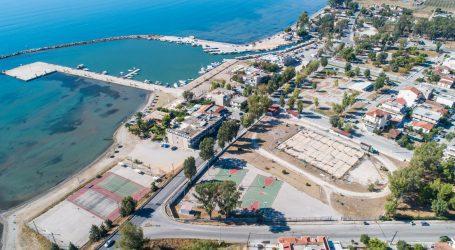 Ποδοσφαιρικό παλατάκι δημιουργείται δίπλα στη θάλασσα
