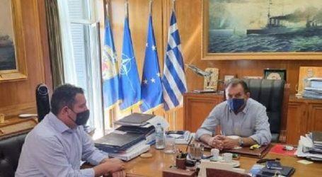 Συνάντηση είχε σήμερα με τον υπουργό Εθνικής Άμυνας ο Χρήστος Μπουκώρος