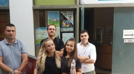 Η «Λαρισαίων Κοινόν» στο Κοινωνικό Παντοπωλείο του Δήμου Λαρισαίων