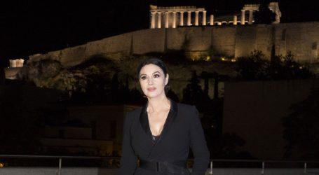 Δείπνο προς τιμήν της Monica Bellucci στο Μουσείο της Ακρόπολης