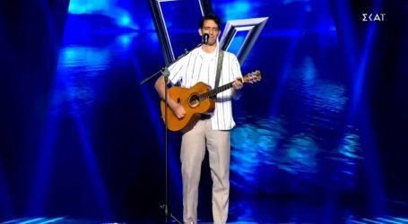 The Voice: Ο γιος του Δημήτρη Ψαριανού στη σκηνή του talent show