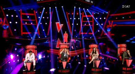 The Voice: Μαμά και γιος ενθουσίασαν τους κριτές με τις φωνητικές τους ικανότητες