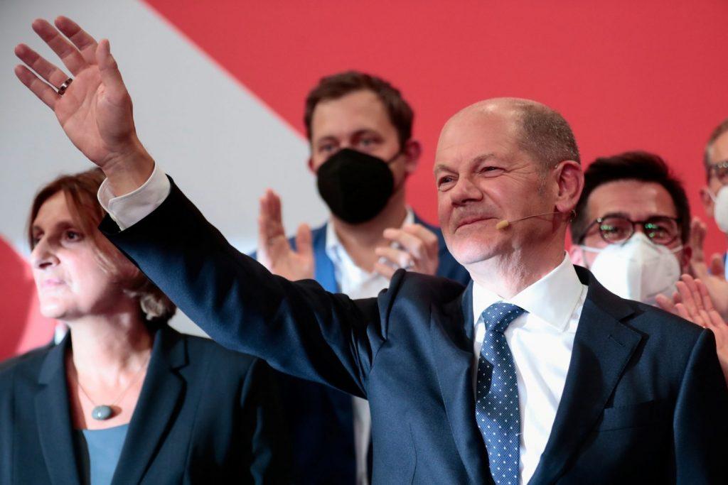 2021 09 26T174150Z 2145996101 RC2TXP9JMWHT RTRMADP 5 GERMANY ELECTION REACTIONS SPD SCHOLZ
