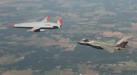 Μαχητικό F-35 ανεφοδιάστηκε για πρώτη φορά από drone