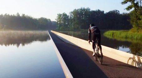 Ποδήλατα, χρηματοκιβώτια και… όπλα εντοπίστηκαν σε λίμνη στις Βρυξέλλες