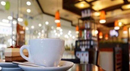 """Γκρέμισε με πέτρα τζαμαρία καφετέριας στη Λάρισα και """"μπούκαρε"""" για να κλέψει"""