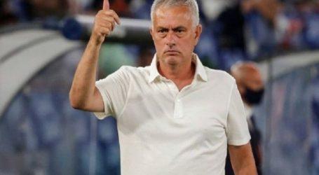 Μουρίνιο – «Ο διαιτητής χάλασε ένα φανταστικό παιχνίδι»