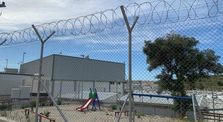 Politico – Συρματοπλέγματα, απαγορεύσεις κυκλοφορίας και wi-fi – Η ΕΕ προωθεί το στρατόπεδο προσφύγων «νέας γενιάς» στην Ελλάδα