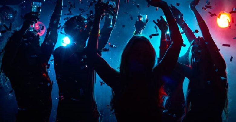 party 18xronon mousiki 780x405
