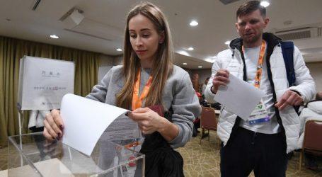 Ρωσία – Άνοιξαν οι κάλπες για τις μαραθώνιες βουλευτικές εκλογές