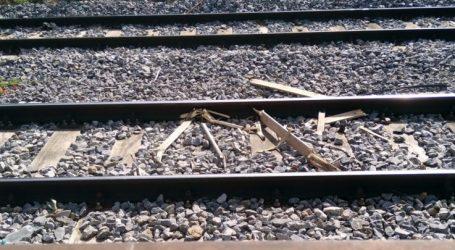 Σκουπιδότοπος οι γραμμές του τρένου μέσα στη Λάρισα – Κι αν συμβεί κάτι; (φωτό)