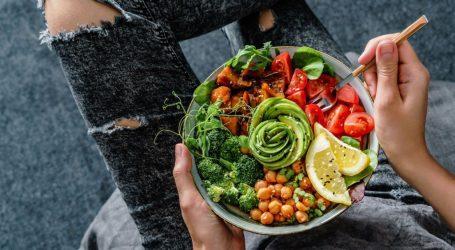 Η υγιεινή διατροφή ενισχύει την άμυνα του οργανισμού μας έναντι του κοροναϊού