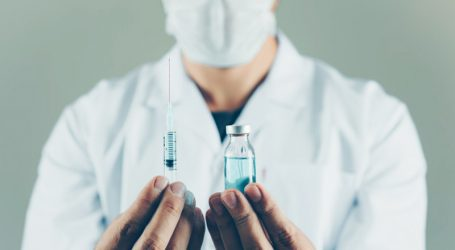 """185 Τρικαλινοί έκαναν και την 3η """"αναμνηστική"""" δόση εμβολίου"""