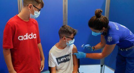 Πόσα παιδιά 12-17 ετών έχουν εμβολιαστεί