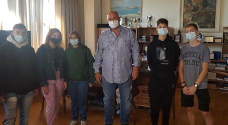 Συνάντηση Αχιλλέα Μπέου με τους μαθητές των σχολείων που τελούν υπό κατάληψη