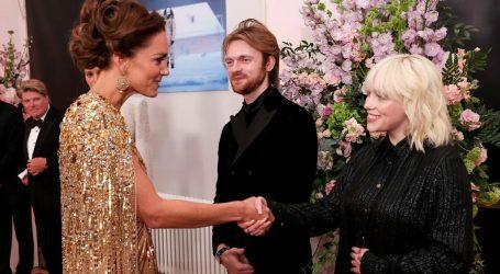 Η Billie Eilish μιλάει για τη συνάντησή της με την Kate Middleton και τον πρίγκιπα William