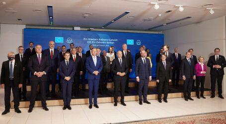Αργεί ακόμη η διεύρυνση της ΕΕ στα Δυτικά Βαλκάνια