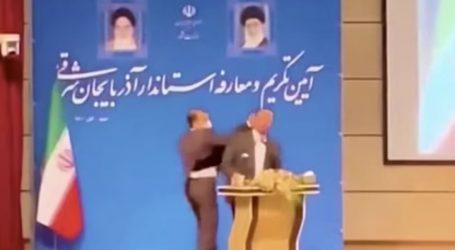 Ιράν – Καρέ καρέ η στιγμή που πολιτικός χαστουκίζει δημοσίως κυβερνήτη – Γιατί ήταν έξαλλος