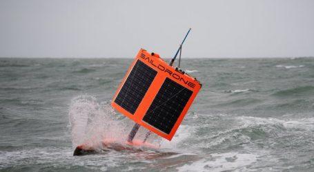 Εκπληκτικές εικόνες από θαλάσσιο drone – Επιβίωσε από τυφώνα και κατέγραψε τη μανία της φύσης