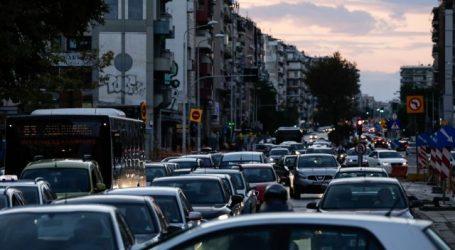 Χάος στους δρόμους της Αθήνας λόγω της κακοκαιρίας – Πού εντοπίζονται προβλήματα